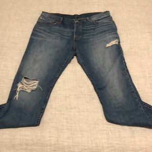 Levi's 501 CT distressed jeans size 32